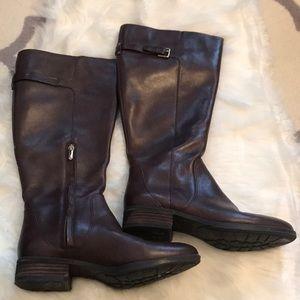 Sam Edelman VEUC brown heeled riding boot